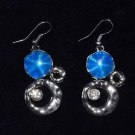 Boucle d'oreille métal bleu et strass