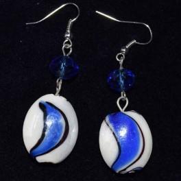 Boucle d'oreille résine bleu