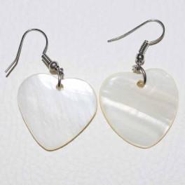 Boucle d'oreille coeur blanc