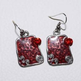 Boucle d'oreille métal rouge