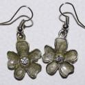 Boucle d'oreille métal fleur verte