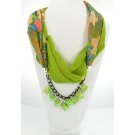 Collier foulard fantaisie vert à motif