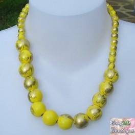 Collier perles bois jaune