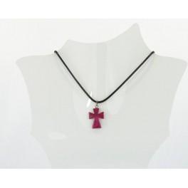 Collier croix résine bordeau