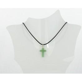 Collier croix résine verte