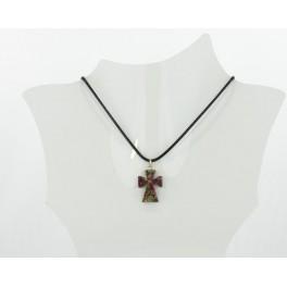 Collier croix résine marbre rose